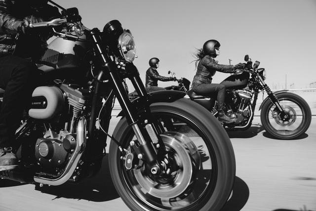バイク 服装 おしゃれ